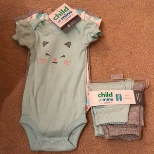 3 pack bodysuits and pack of 2 leggings